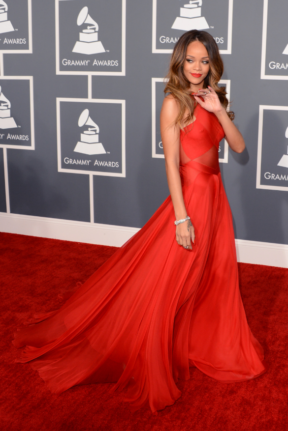 RIHANNA RED DRESS - Jandese Reped