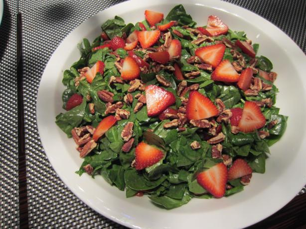 A fresh delicious salad, perfect for springtime! Courtesy of Google Images